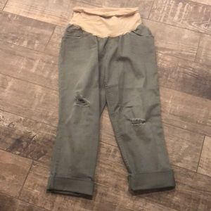 L maternity capris, over the belly